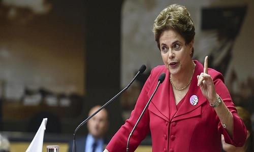 Dilma: Bolsonaro destrói o Bolsa Família em mais um crime contra a Nação