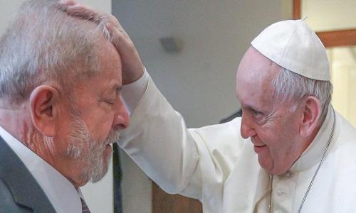 Lula e o papa Francisco se encontram em busca de um mundo menos desigual