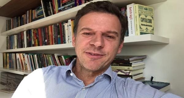 Eduardo Moreira rebate Paulo Guedes e aponta parasitas no sistema financeiro