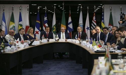 Governadores reclamam de postura de Bolsonaro, em carta