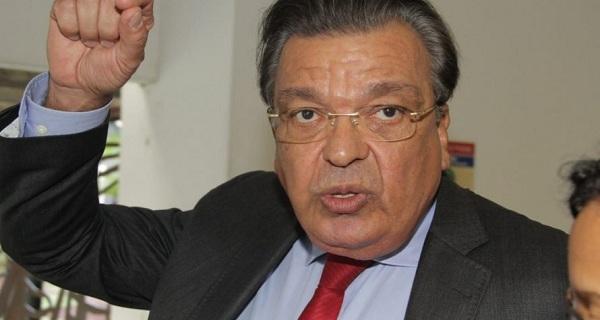 Pré-candidatura de Targino Machado gera mal-estar na velha e carcomida liderança política em Feira / Por Sérgio Jones*