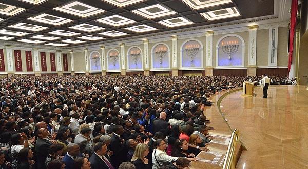 Cultos, missas e encontros religiosos são proibidos pela Justiça de São Paulo