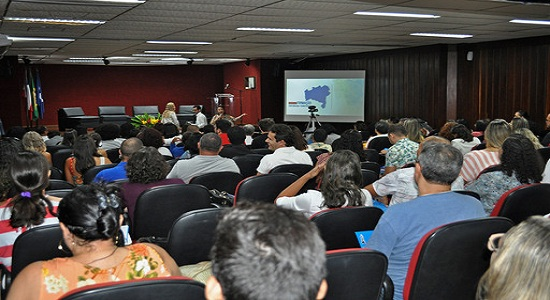 Governo promove formação inovadora de educadores estaduais e municipais