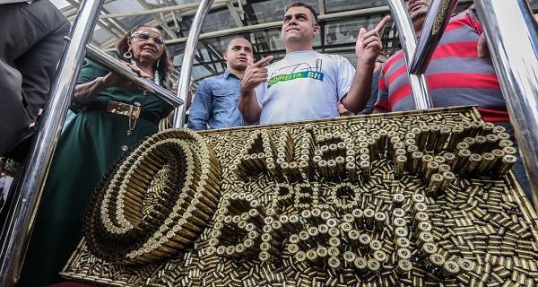 Juiz eleitoral arquiva processo do novo partido Aliança Pelo Brasil em Feira de Santana