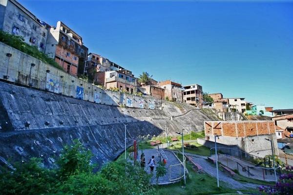 Rui Costa obras em encostas, foto arquivo